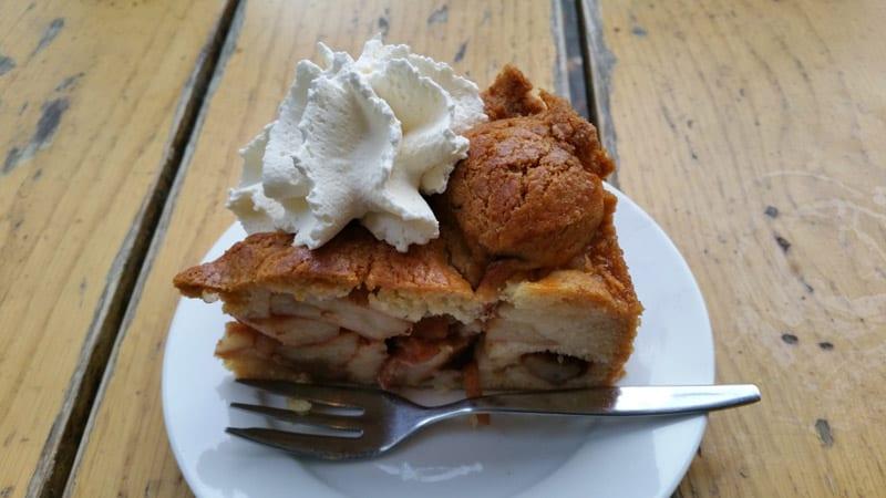 winkel 43 amsterdam apfelkuchen mit schlagsahne
